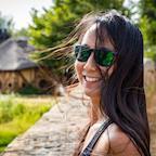 Nicole Tung's avatar